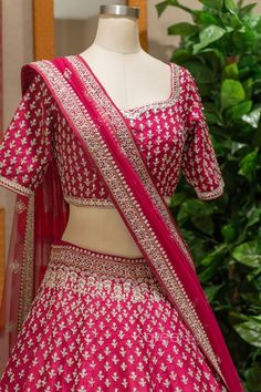 Bridal Lehenga Choli, Saree Wedding, Indian Wedding Outfits, Indian Outfits, Indian Dresses Online, Sherwani, Festival Wear, Sari, Gowns