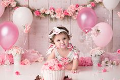 When you have the word Rose in your name its obvious we would incorporate a TON of gorgeous roses into your set! This little lady showed up to party! She was all smiles when she walked through the door... We had so much fun with her Custom Cake Smash session. She was eager to dig right in and get…