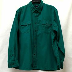 Lands End Green Corduroy Long Sleeve Shirt Mens Plus Size Fashion, Best Mens Fashion, Denim Button Up, Button Up Shirts, Land's End, Shades Of Green, Corduroy, Casual Shirts, Long Sleeve Shirts