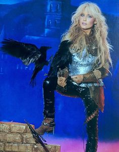Doro Pesch - The Metal Queen Heavy Metal Girl, Heavy Metal Bands, Band Pictures, Band Photos, Rock And Roll Bands, Rock Bands, Rock Roll, Hulk Sketch, Ladies Of Metal