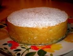 Lemon Ricotta Cake is a combination of a pudding and a cake. Served warm, the creamy center balances the texture of the almonds and the tartness of the lemons. Italian Cake, Italian Desserts, Just Desserts, Italian Recipes, Delicious Desserts, Desserts Citron, Italian Cookies, Lemon Ricotta Cake, Ricotta Cheesecake