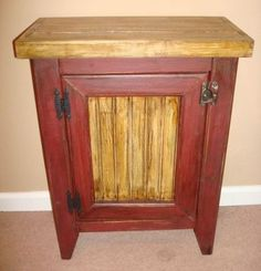 Primitive Country End Table.love the colors Primitive Painted Furniture, Colonial Furniture, Hand Painted Furniture, Country Furniture, Country Decor, Country Style, Primitive Tables, Primitive Kitchen, Rustic Table