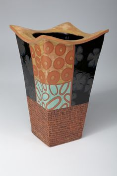 Connie Norman Ceramics • Ceramics Now - Contemporary ceramics magazine