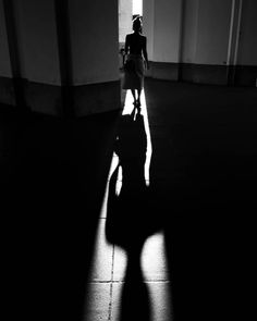 film noir photography Street Noir Photography by Daniel Turan - The Photo Argus Film Noir Photography, Dark Photography, Artistic Photography, Street Photography, Fashion Photography, Landscape Photography, Portrait Photography, Travel Photography, Wedding Photography