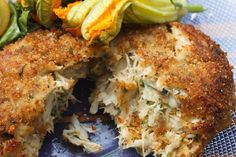 My Famous Jumbo Lump Crabcakes - Chef Dennis lump crabcakes split in half showing the crab filling, Crab Meat Recipes, Best Seafood Recipes, Brunch Recipes, Maryland Crab Cakes, Crab Dishes, Easy Restaurant, Cooking Recipes, Healthy Recipes, Fast Recipes