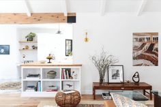 6 Wellness Trends Popping Up in Home Design — Find out how the aesthetic and design philosophies of other cultures from Sweden to Japan are making their way into our living rooms and bedrooms. Scandinavian Interior Design, Scandinavian Home, Nordic Design, Nordic Home, Cozy Living, Danish Design, Home Renovation, Entryway Decor, Decoration