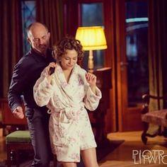 tak wyglada piątkowa romantyczna domowka na dwie osoby :) życzymy Wam równie miłej nocy! #lekarze #lekarzetvn #tvn #aleksandrahamkało #jacekkoman foto #piotrlitwic Tv Series, Instagram