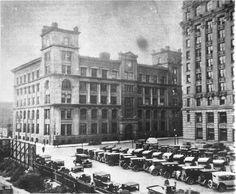 Rue Mcgill coin place Youville: Ancien Parlement: [avant le 18 mai 1940] . - Reproduction le 13 janvier 1966 - Archives de Montréal