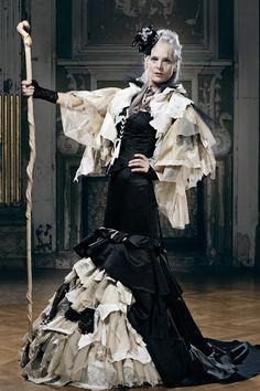 Viktorianischer Steampunk, Steampunk Halloween, Steampunk Fashion, Gothic Fashion, Gothic Images, Gothic Art, Victorian Gothic, Diesel Punk, Gothic Girls