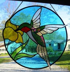 Ruby Throated Hummingbird Round Stained Glass by LivingGlassArt Stained Glass Kits, Stained Glass Patterns Free, Stained Glass Flowers, Stained Glass Designs, Stained Glass Panels, Stained Glass Projects, Mosaic Glass, Glass Art, Stained Glass Suncatchers
