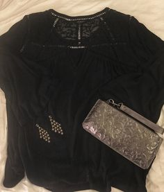 Patricia Nash Clutch and Lucky Brand blouse. Spring outfit on Nothing but Nette