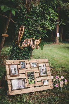 un mariage champetre et paillette – Life ideas Country Wedding Decorations, Ceremony Decorations, Photography Themes, Wedding Photography, Wedding Blog, Wedding Planner, Fotografie Hacks, Photos Vintage, Western Wedding Dresses