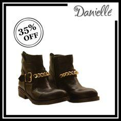 ★ BIKER BOOTS ★  Stivaletti neri in pelle -35 %!  I #biker #boots sono le #scarpe must have di ogni #armadio!