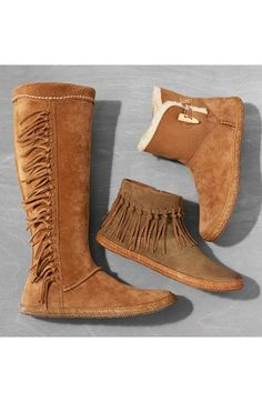 Ugg moccasin boot