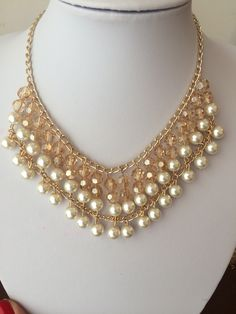Collar con Brillantes y Perlas