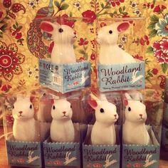 Tienda Suit Beibi, concept store para padres y niños, Barcelona, Spain. Woodland Rabbit Night Lights.