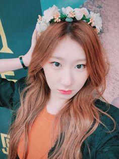 Kpop Girl Groups, Korean Girl Groups, Kpop Girls, Fandom, Blackpink Jisoo, New Girl, Pop Group, Dancer, Pretty