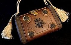 Antique French Necessaire Purse from MA PETITE PARISIENNE on Doll Shops United http://www.dollshopsunited.com/stores/mapetiteparisienne/items/1299137/Antique-French-Necessaire-Purse