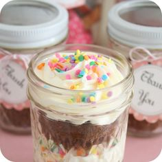 A cupcake in a jar is a super sweet treat.  Simply cut your cupcake in half and layer in a small mason jar with your favorite frosting.  Add some colorful sprinkles and finish with a cute favor tag for a unique party favor or gift.