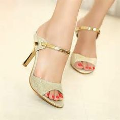 6a4d6259db85 24 Best Beautiful Slippers images