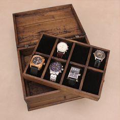 Personalized Rustic Men's Watch Box for 8 von OurWeddingInvites