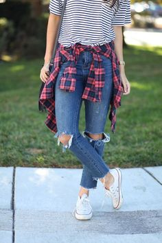 Stripes and plaid combine for the perfect fall outfit! jeans pour femme flannel outfits summer, autumn outfits for teen girls Fall Outfits For Teen Girls, Cute Fall Outfits, Fall Winter Outfits, Girl Outfits, Fashion Outfits, Flannel Outfits Summer, Hipster Outfits For Teens, Flannel Shirt Outfit, Dress Outfits