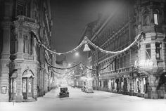 Christmas will always linger in our memories. Helsinki 1937 - photo by Aarne Pietineno - Finland Old Pictures, Pretty Pictures, Old Photos, Vintage Photos, Helsinki, History Of Finland, Scandinavian Countries, History Of Photography, Winter Scenery
