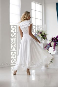 "Dress ""Air foam"" – shop online on Livemaster with shipping - Elegant Dresses, Pretty Dresses, Vintage Dresses, Mode Abaya, Evening Dresses, Summer Dresses, Handmade Dresses, Handmade Clothes, Designer Dresses"