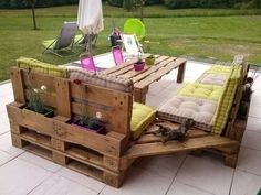 Repurposed pallets patio furniture