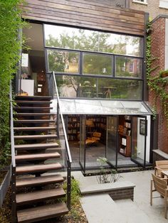 green-townhouse-design-10-townhouse-ideas.jpg 781×1,041 pixels