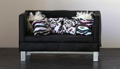 1:6 Scale Furniture Black and 4 Pillows (Blythe, Barbie, 12'' Fashion dolls, Bratz, Monster High)