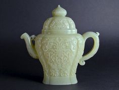 A very fine and unusual Mughal style Chinese celadon jade teapot and cover. 19th Century or earlier.