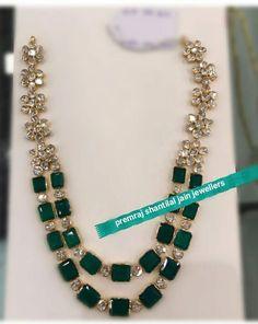 Diamond and emerald necklace Mom Jewelry, Fine Jewelry, Jewelry Design, Emerald Jewelry, Emerald Necklace, Diamond Jewelry, Gold Jewellery, Green Necklace, Gold Bangles