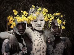 Photo of Karo in the Omo Valley of Africa's Great Rift Valley copyright © Jimmy Nelson, courtesy of teNeues.