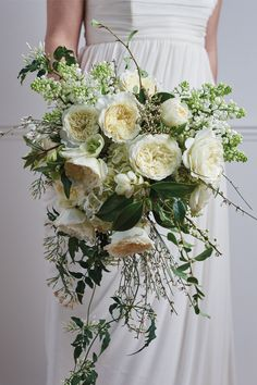Patience's regal beauty makes her a true queen among bridal roses! White Wedding Bouquets, Bride Bouquets, Rose Wedding, Elegant Wedding, Romantic Flowers, Bridal Flowers, Beautiful Bouquets, Garden Rose Bouquet, Garden Roses