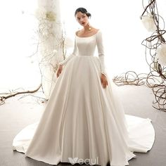 Vintage / Retro Ivory Satin Wedding Dresses 2019 Ball Gown Scoop Neck Short – Famous Last Words Western Wedding Dresses, Classic Wedding Dress, Princess Wedding Dresses, Dream Wedding Dresses, Bridal Dresses, Wedding Gowns, Elegant Wedding, Trendy Wedding, Floral Wedding