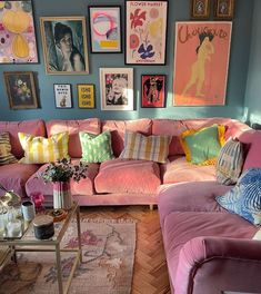 Cute Living Room, Colourful Living Room, Pastel Living Room, Ikea Couch, Pastel Home Decor, Pastel Room, Pink Sofa, Pretty Room, New Room