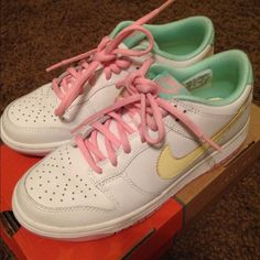 Nike Dunk Low 5.5 Y Used once and kept in box. Nike Dunk Low. 5.5 Youth Nike Shoes