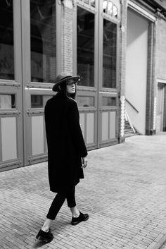 De Hallen Amsterdam, hat WHISTLES, pants AMERICAN APPAREL, coat WHISTLES, shoes low DR MARTENS