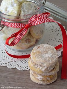 Holiday Cookies, Christmas Candy, Camembert Cheese, Smoothies, Sweet Tooth, Muffin, Food And Drink, Cooking Recipes, Bread
