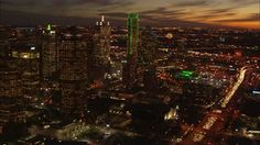 stock-footage-sunset-traffic-editorialway-dallas-the-sun-is-setting-beautifully-over-the-skyline-in-dallas.jpg (400×224)
