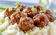 A few simple pantry ingredients combine to make this quick and easy Sticky Asian Glazed Meatballs recipe. It'll be a hit with the whole family! Pork Sausage Recipes, Meatball Recipes, Glazed Meatballs Recipe, Healthy Toddler Meals, Toddler Food, Catering Food Displays, Cooking White Rice, Fruit Kabobs, Veggie Tray