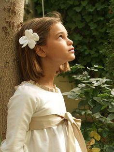 trendy children: PEINADOS NIÑA PRIMERA COMUNIÓN 2012