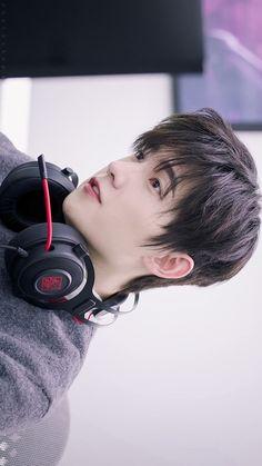 Yang Yang Drama, Yang Yang Actor, Park Hyung Sik, Jackson Wang, Asian Actors, Korean Actors, Kdrama, Wei Wei, Cute Korean Boys