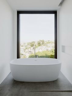 'Minimal Interior Design Inspiration' is a weekly showcase of some of the most perfectly minimal interior design examples that we've found around the web - all Inexpensive Bathroom Remodel, Cheap Bathroom Remodel, Tub Remodel, Shower Remodel, Modern Residential Architecture, Minimalist Architecture, Minimalist Interior, Interior Design Examples, Interior Design Inspiration