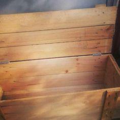 頂いた木箱をホームボックス的ごみ箱に。