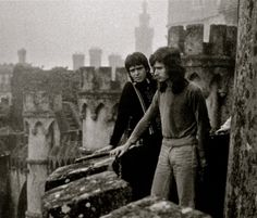 Peter Gabriel and Tony Banks, 1975.  Looks like Peter was explaining to Tony why he was leaving Genesis.