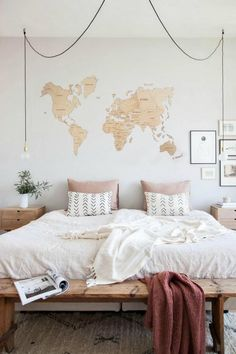 Modern Bedroom Ideas - All the bedroom design ideas you'll ever before require. Discover your style and also create your dream bedroom scheme no matter what your spending plan, design or room dimension. Apartment Bedroom Decor, Modern Bedroom Decor, Bedroom Vintage, Contemporary Bedroom, Scandinavian Bedroom, Scandinavian Style, Apartment Ideas, Small Bedroom Ideas For Couples, Dispositions Chambre
