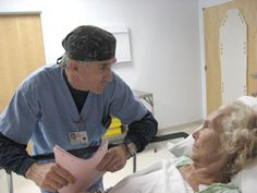 5 Steps to Make Every Patient Love You.things we easily forget and need to read frequently! Medical Students, Medical School, Nursing Students, Geriatric Nursing, Icu Nursing, Ultrasound Tech, Med Student, Medical Assistant, Medical Information