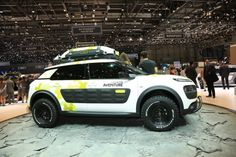 On the occasion of the Geneva Motor Show, Citroën moves on to the offensive for its core models with two new vehicles shown for the first time, models that are clear signs of the positioning of the Citroën range: the Citroën C4 Cactus and the new Citroën...